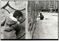 http://www.ed-templeton.com/files/gimgs/th-156_Boy-watches-Graffiti-Barcelona.jpg