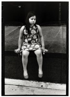 http://www.ed-templeton.com/files/gimgs/th-156_Girl sitting NYC.jpg